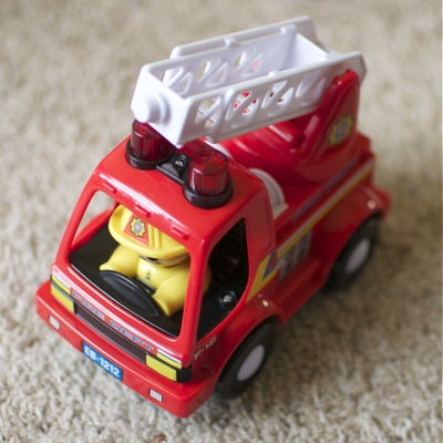 Toy fire truck, shot with D5000 and 35mm f1.8